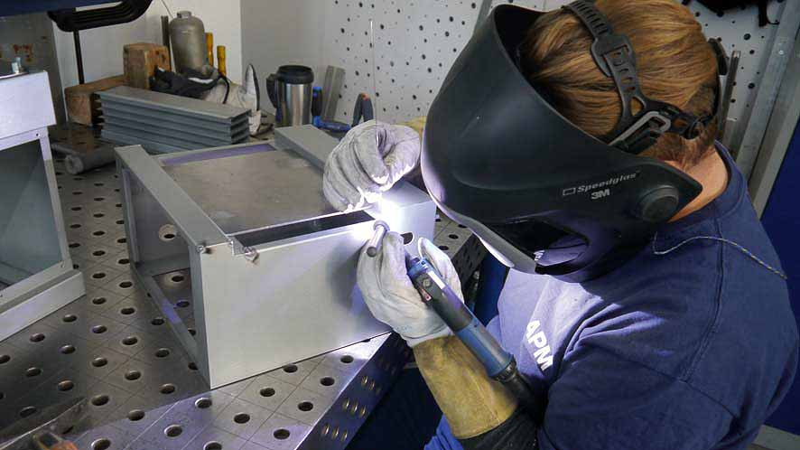 Blechtechnik - Schweissen - Blechbearbeitung