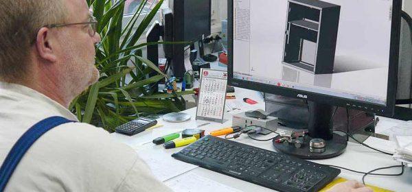 Blechtechnik - Konstruktion und Programmierung