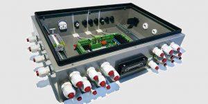 Gehäuse Montage - Elektromontage und Elektronik